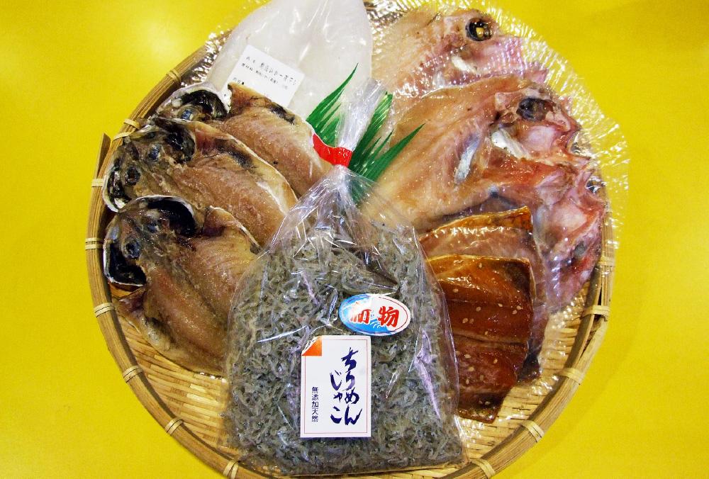 画像:海産物