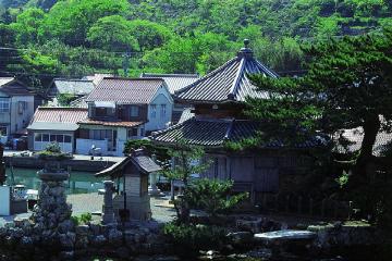 画像:西堂寺六角堂